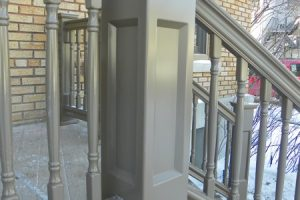 PVC railing, Lexus baluster and Savannah porch post, factory painted