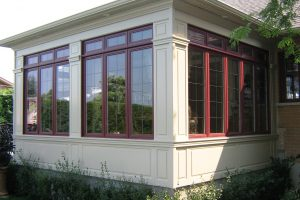 This solarium is composed of mouldings, flat boards and recessed panels