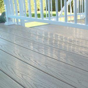 Cam mat d coration ext rieure balcons rampes for Recouvrement de patio en vinyle